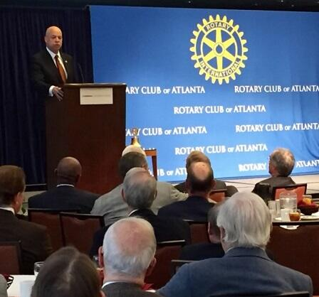 Secretary Johnson delivers remarks at the Rotary Club of Atlanta (DHS Photo/Barry Bahler)