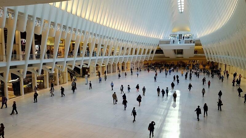 The spacious atrium of the Oculus (Image courtesy of Donald Bansleben)