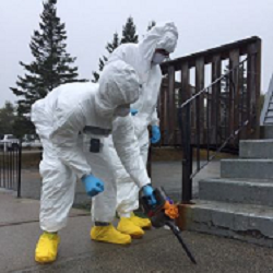 Two DNDO members participate in nuclear forensics exercise.
