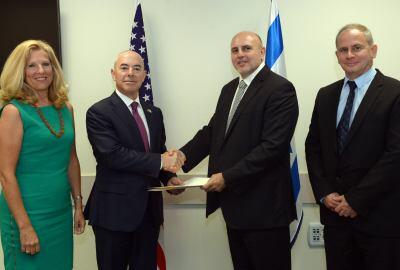 Deputy Secretary Mayorkas and Dr. Matania shake hands