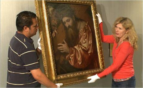 Officials Repatriate Cristo Portacroce Painting to Rightful Owners