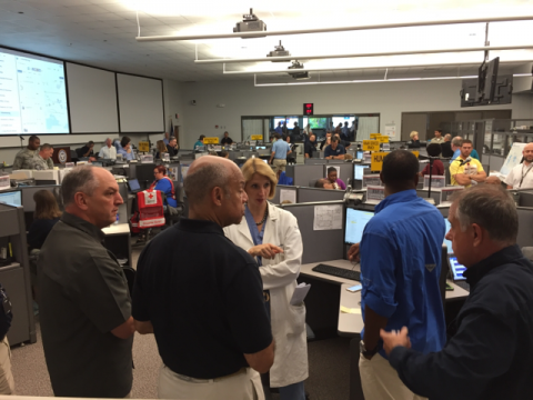 Secretary Johnson meets with Louisiana Emergency Operations Center personnel